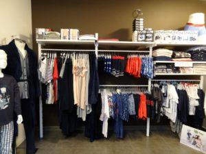 Aménagement du magasin de vêtements